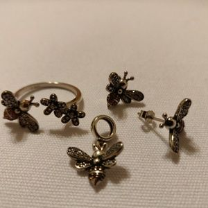 Jewelry - Miscellaneous Silver Fashion Jewelry